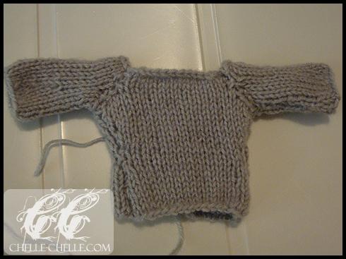 0907-greysweater3