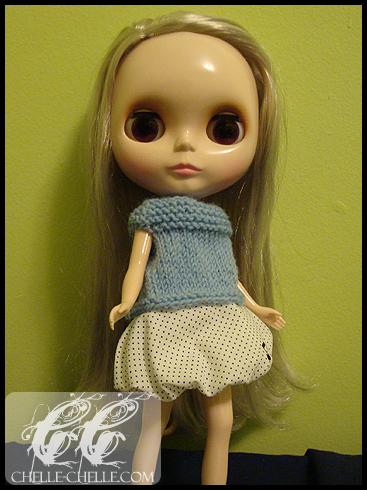 0912-bluesweater1